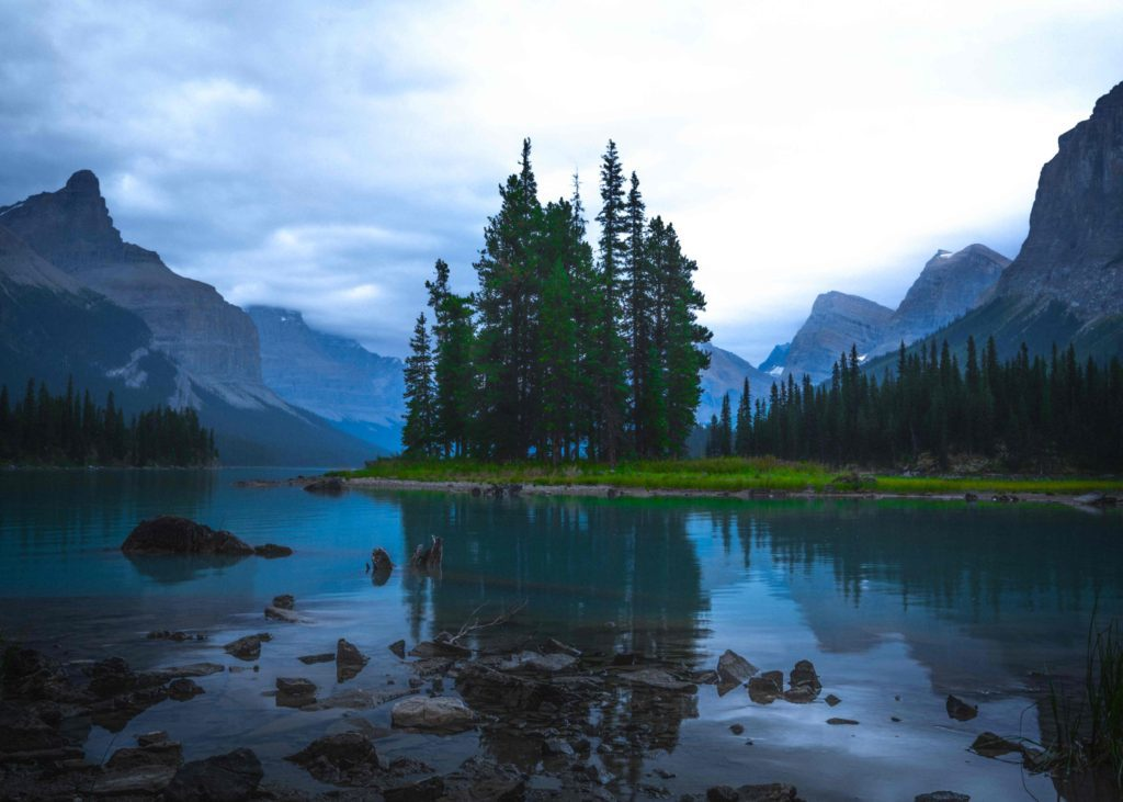7 Scenic Places to Visit in Canada Alliance Visas